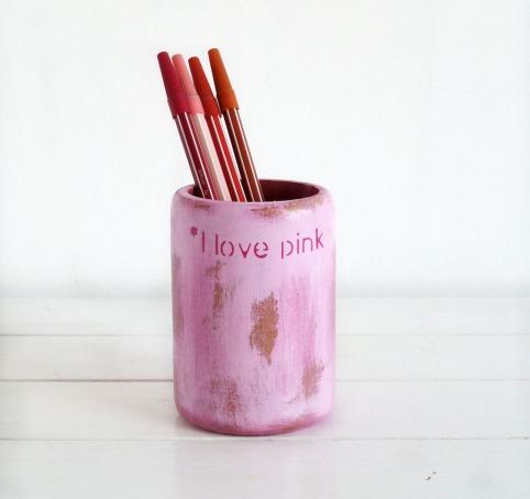 bote-para-lapices-pintado-a-mano-rosa