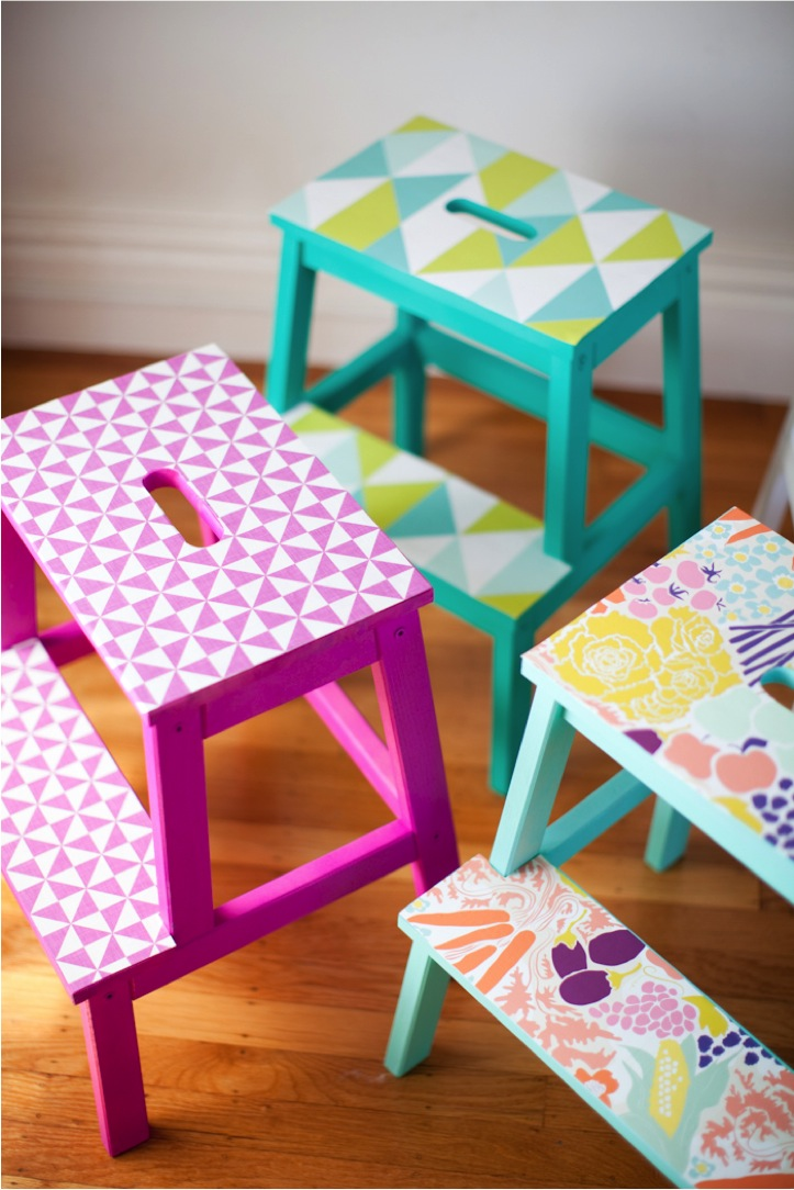 diy-colorful-wallpaper-stools