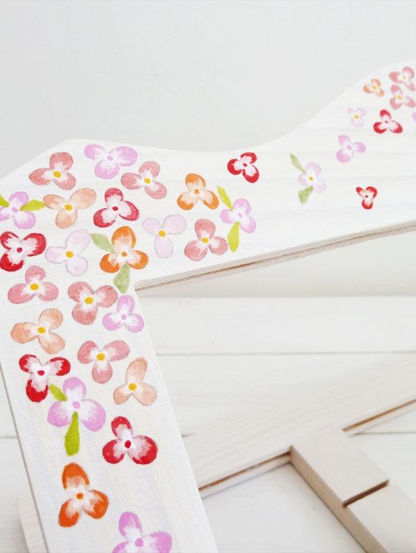 atril-customizado-con-flores-d